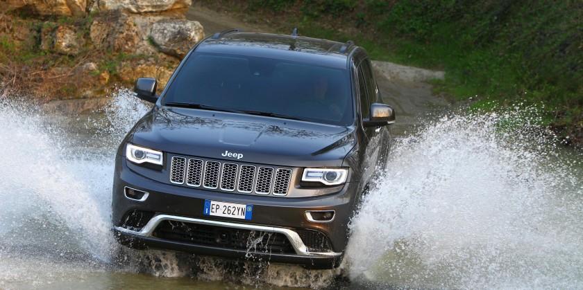 Jeep_Grand_Cherokee_24