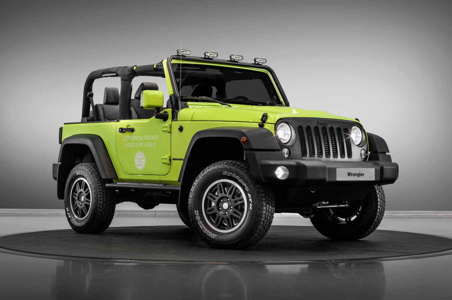 Jeep Heads To Paris Fully Accessorised With Trailhawk Desert Hawk Cruise Control Kit And Night Eagle