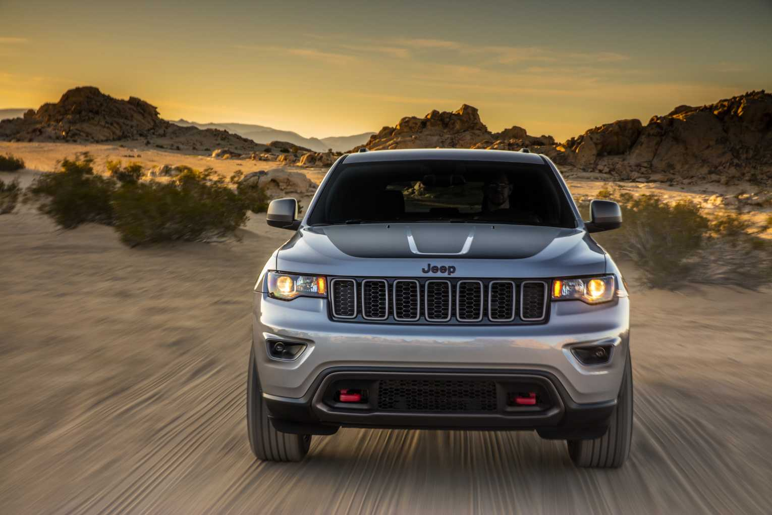 2017 Jeep Grand Cherokee Goes Further Off Road Adds More Features And Offers Remarkable Performance